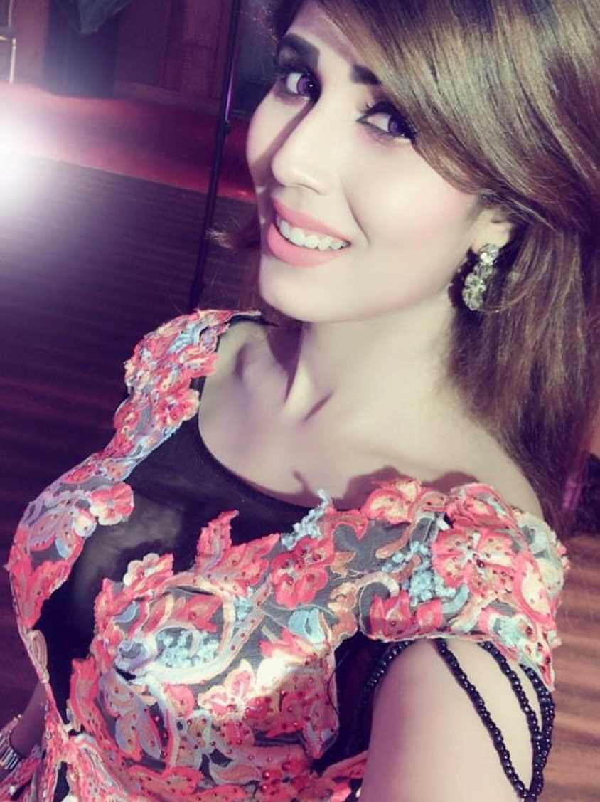 Naila Nayem Hot Selfie Pic