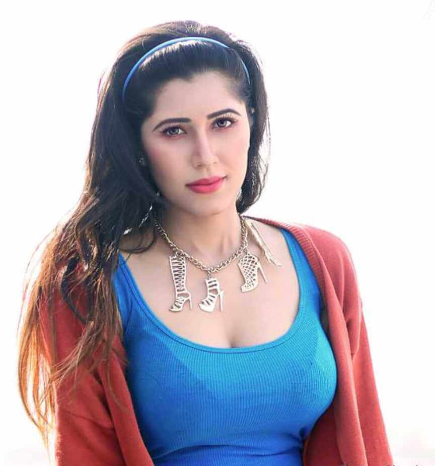 Naila Nayem  New Picture