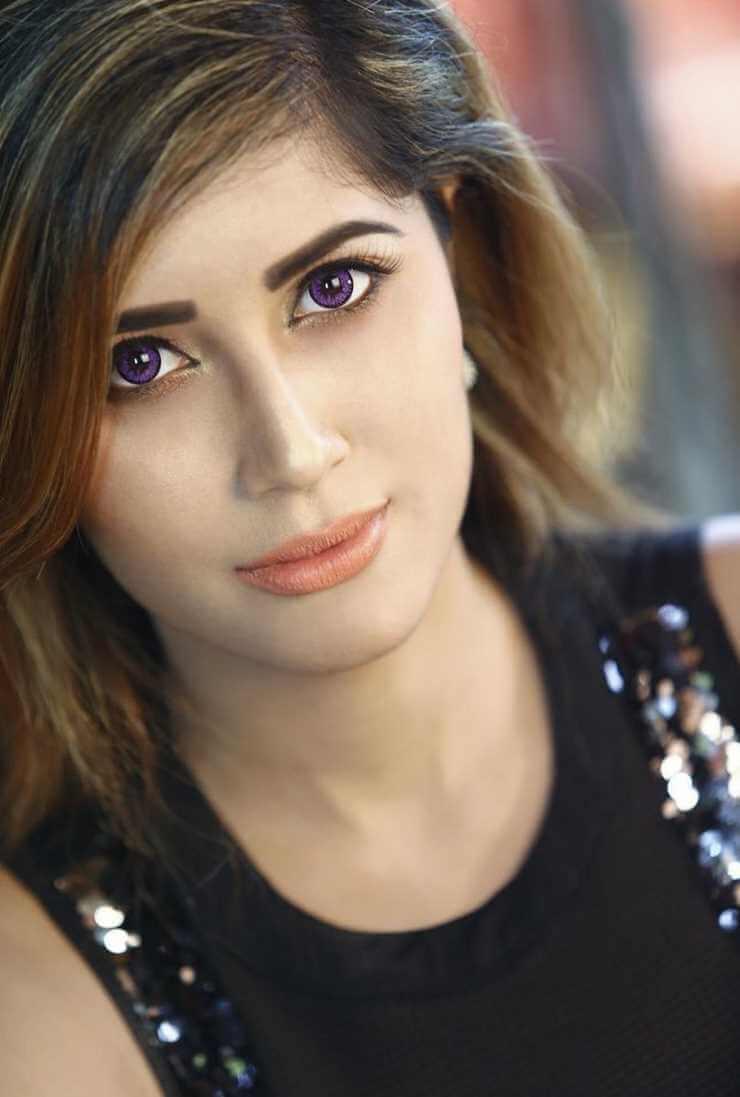 Naila Nayem New Selfie