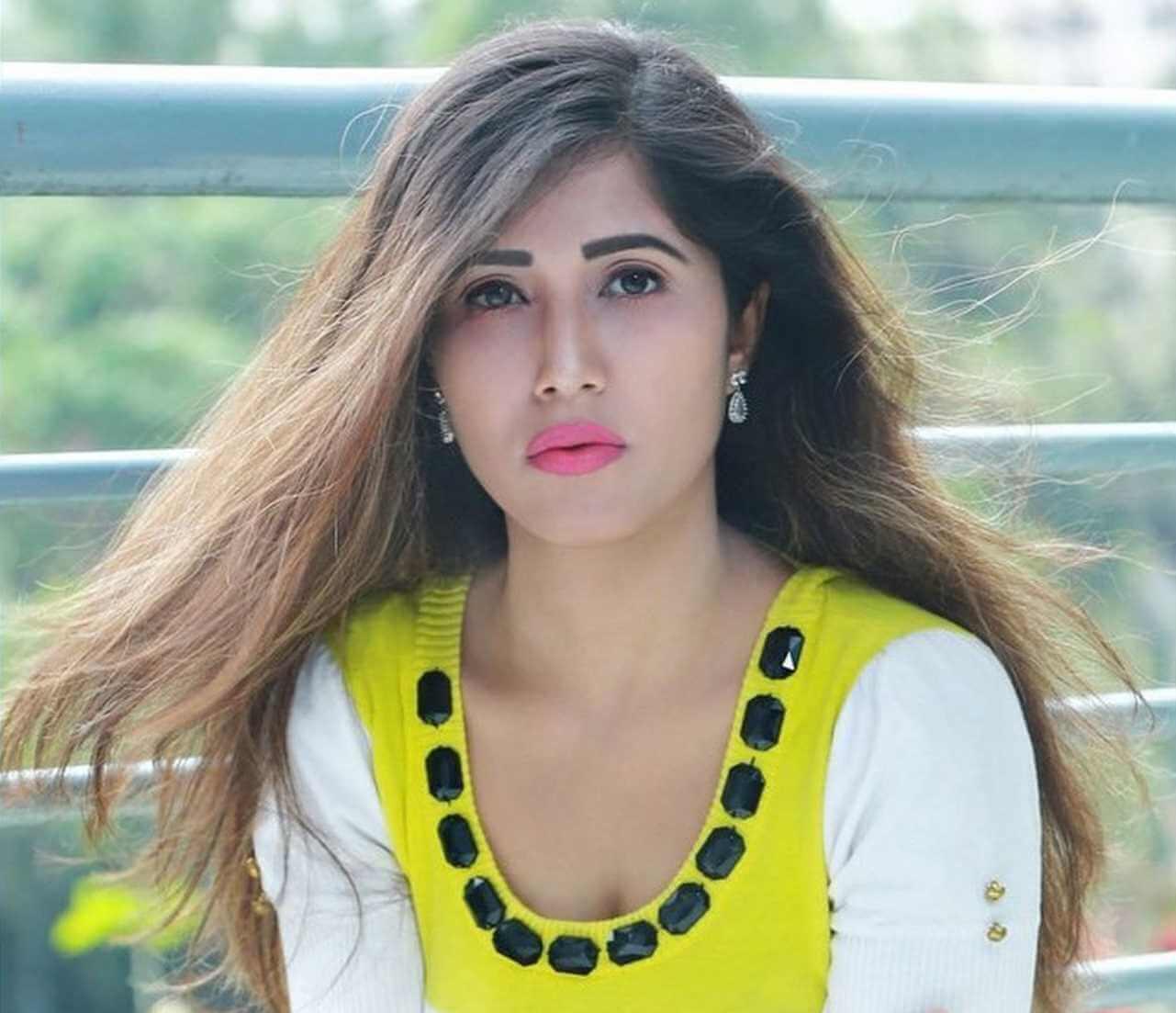 Naila Nayem Photo