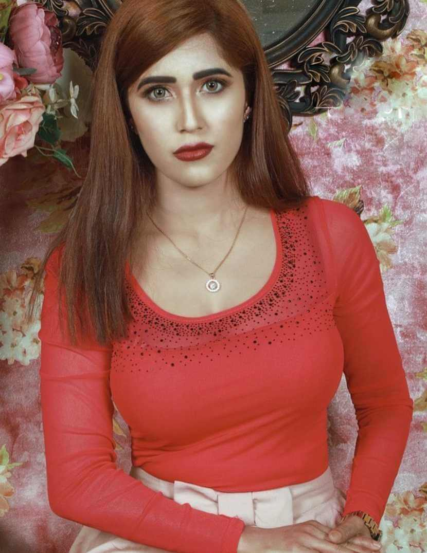 Naila Nayem Red Color Dress Picture