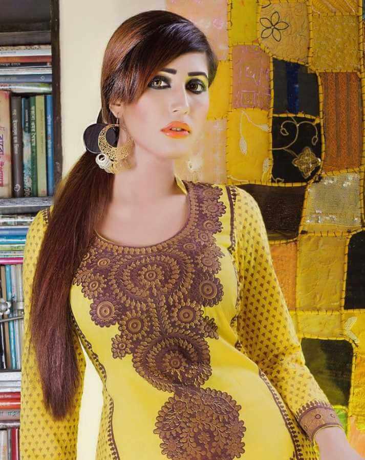 Naila Nayem Salwar Kameez Pic