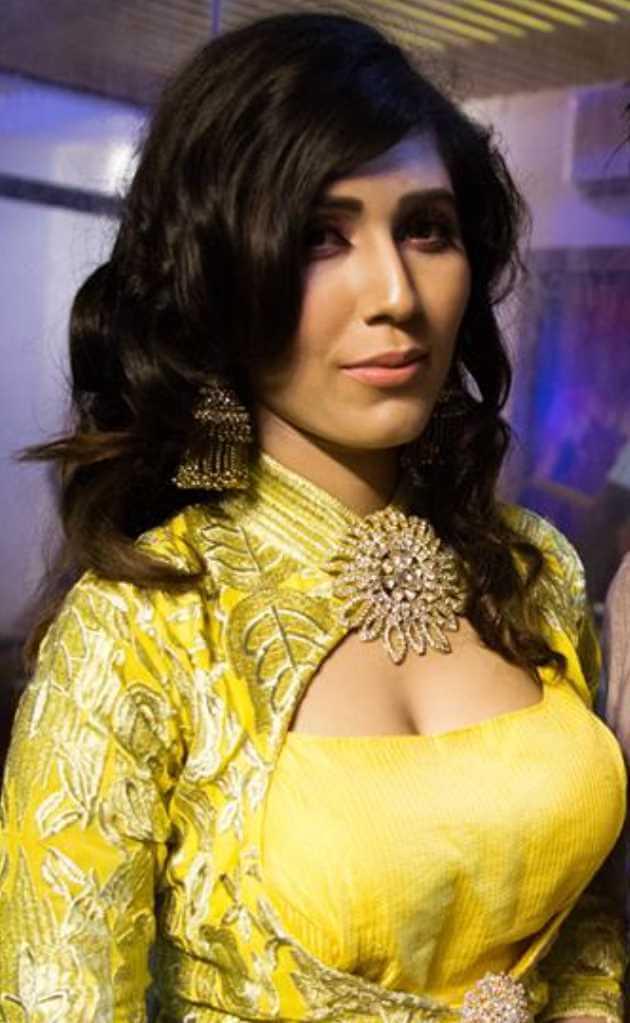 Naila Nayem Salwar Kameez Style Photos