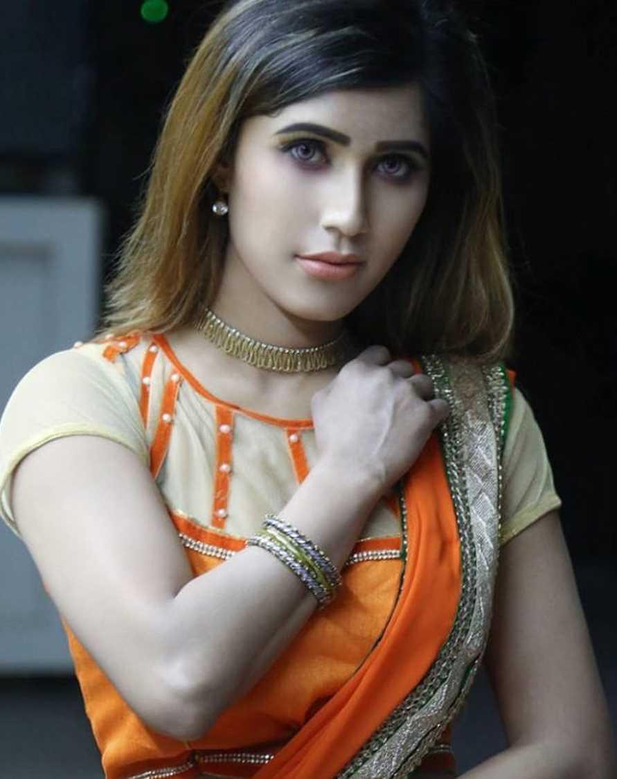 Naila Nayem Saree Photo 2021