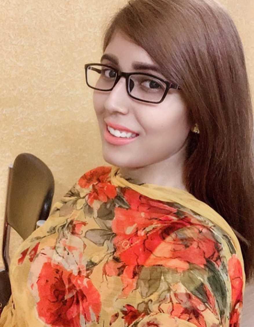 Naila Nayem Selfie 7