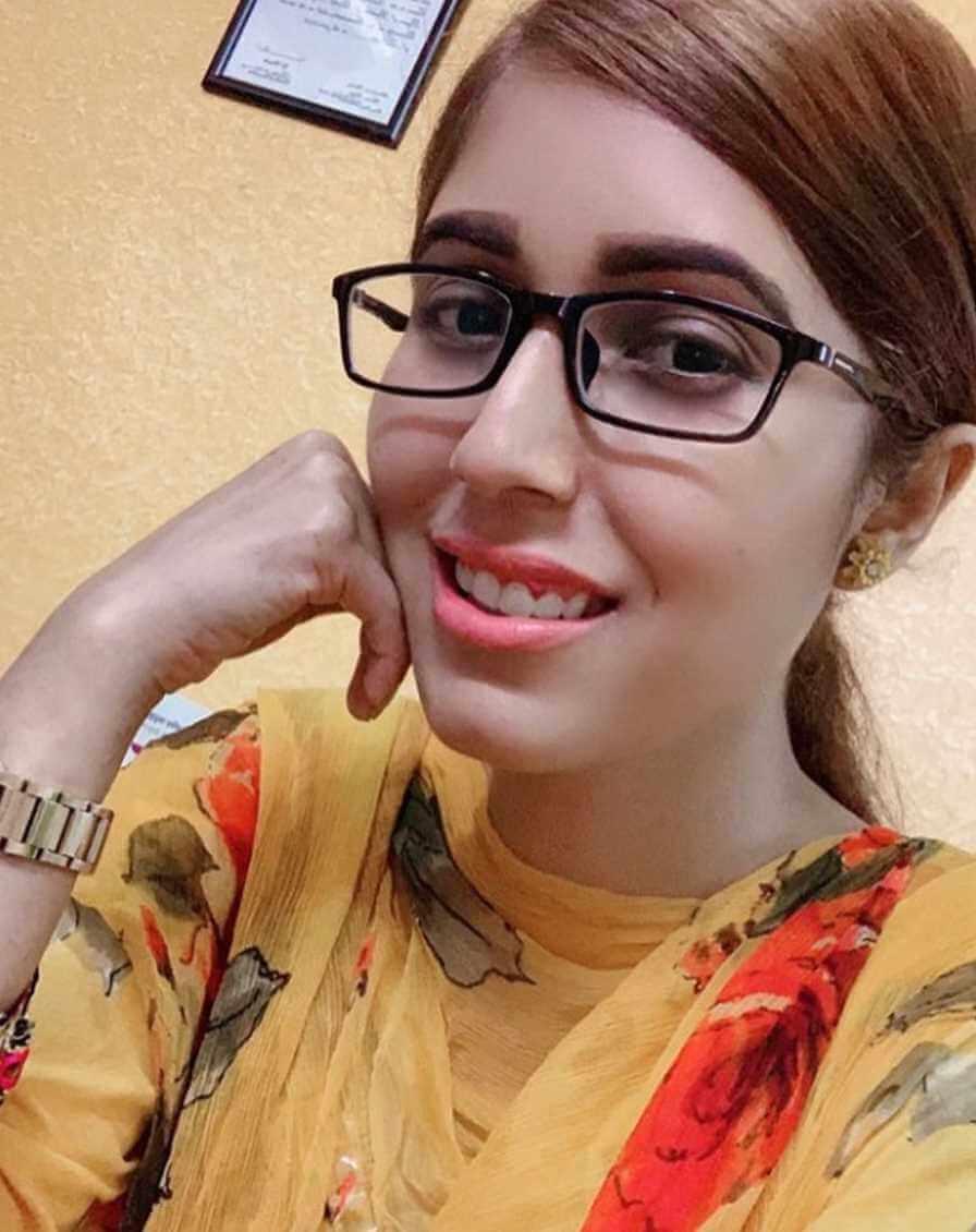 Naila Nayem Selfie 8