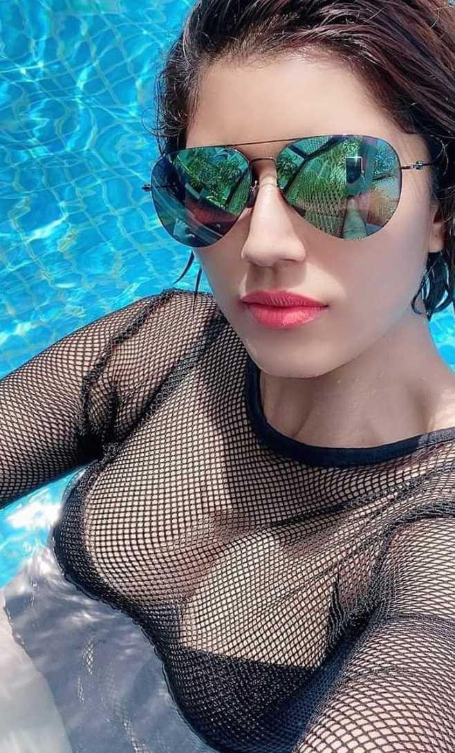 Naila Nayem Selfie pic 2021