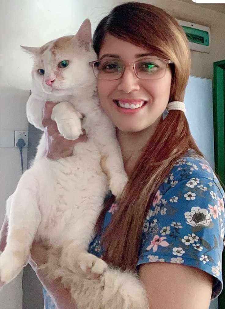 Naila Nayem with Cat Photo