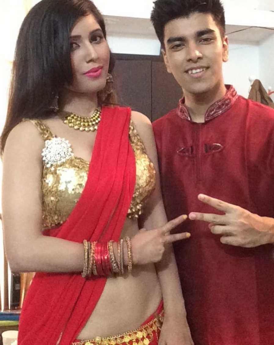 Naila Nayem with Salman Muqtadir Photo