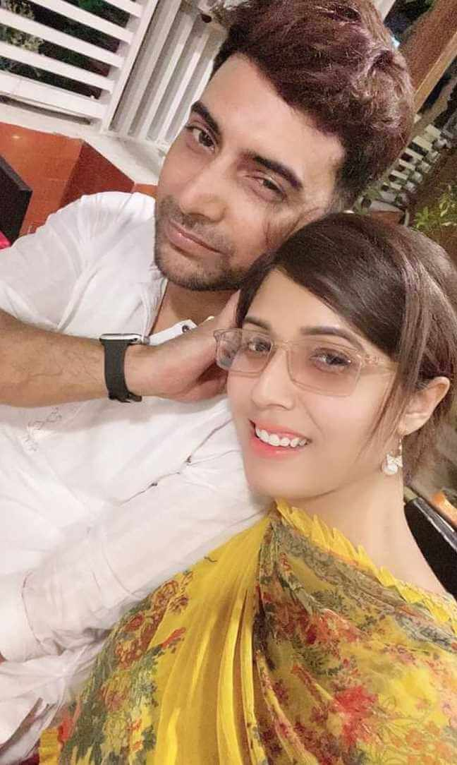 Naila Nayem with her 2nd Husband Selfie