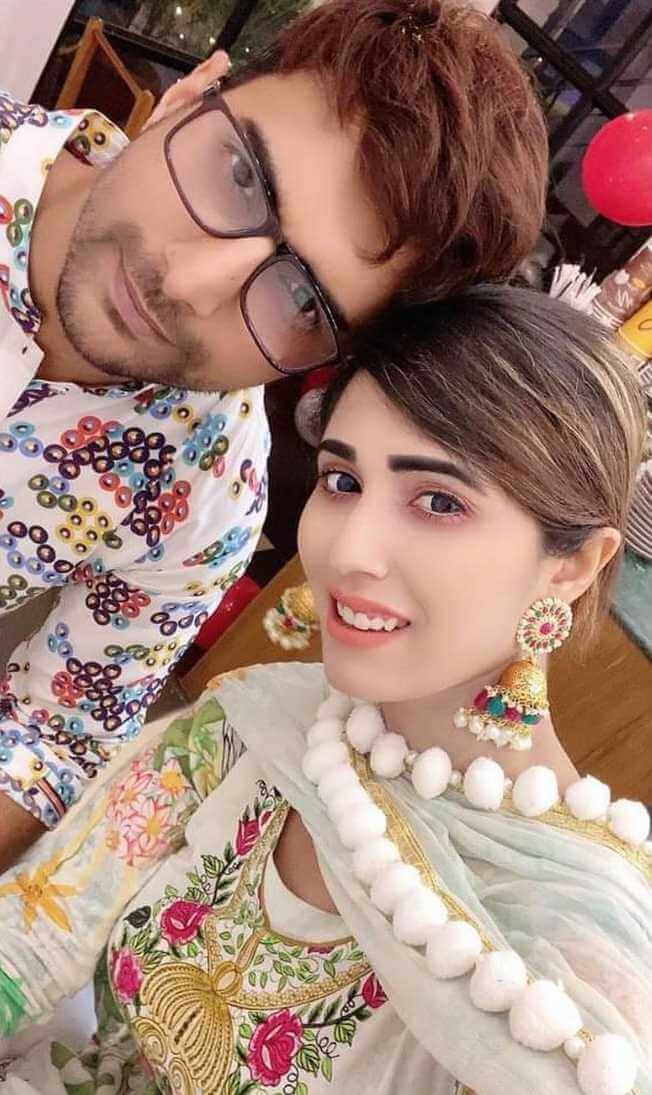 Naila Nayem with her 2nd Husband Image