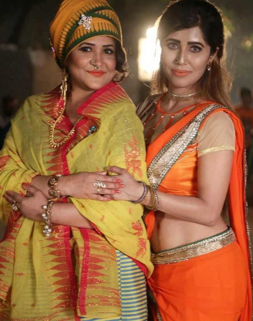Naila Nayem with her Co-Actress Picture