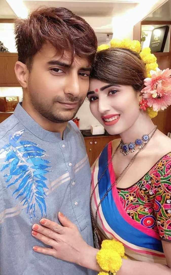 Naila Nayem with her Husband Photo