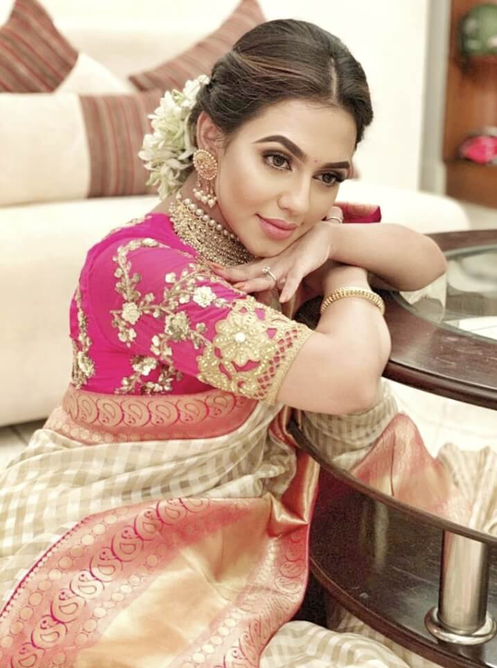 Nusraat Faria Mazhar marrage dress photo or Saree photo