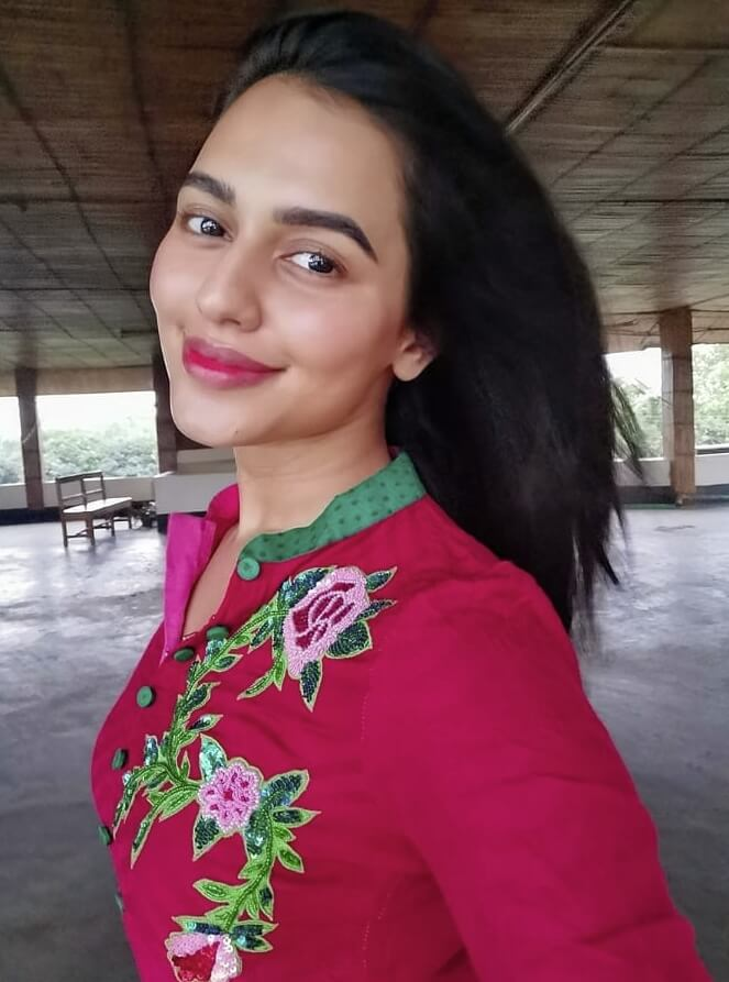 Nusraat Faria salwar kameez style photo 1