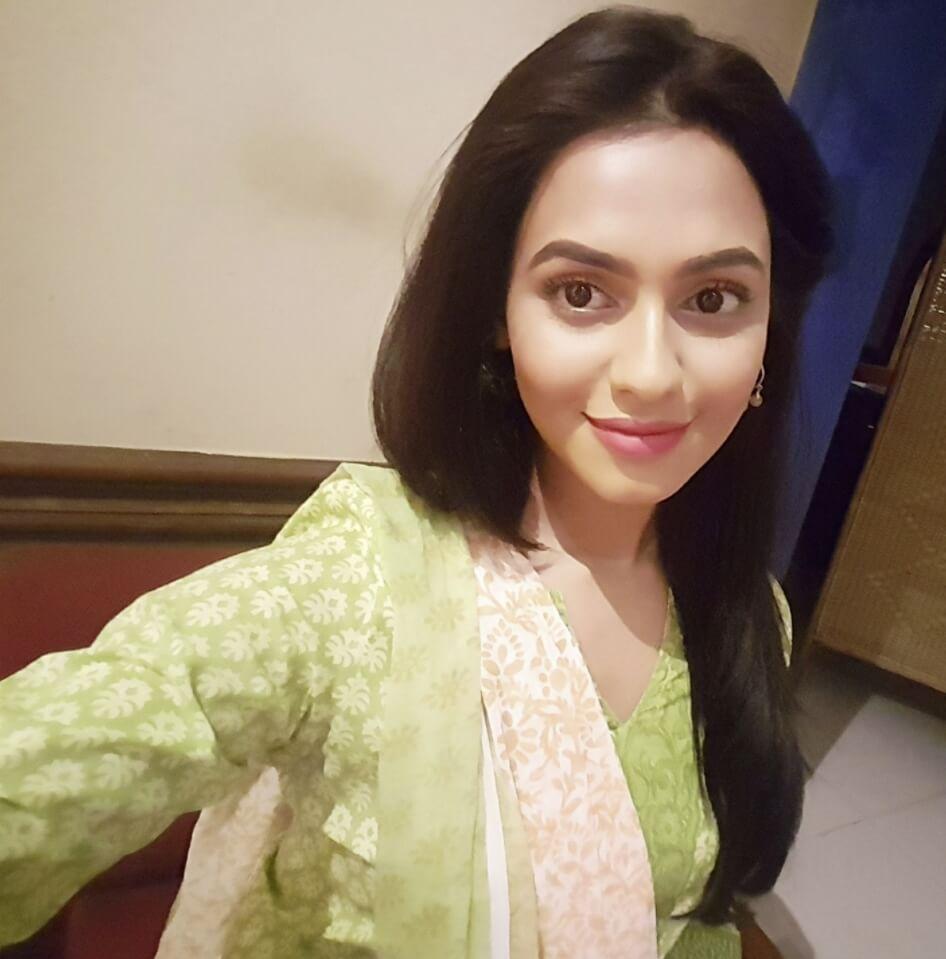 Nusrat Faria Mazhar selfie photo 3