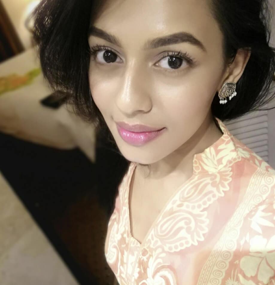 Nusrat Faria Mazhar selfie picture 1