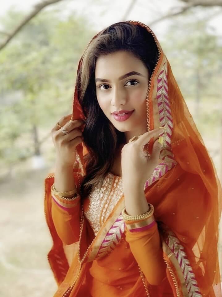 Nusrat Faria hot photo 1