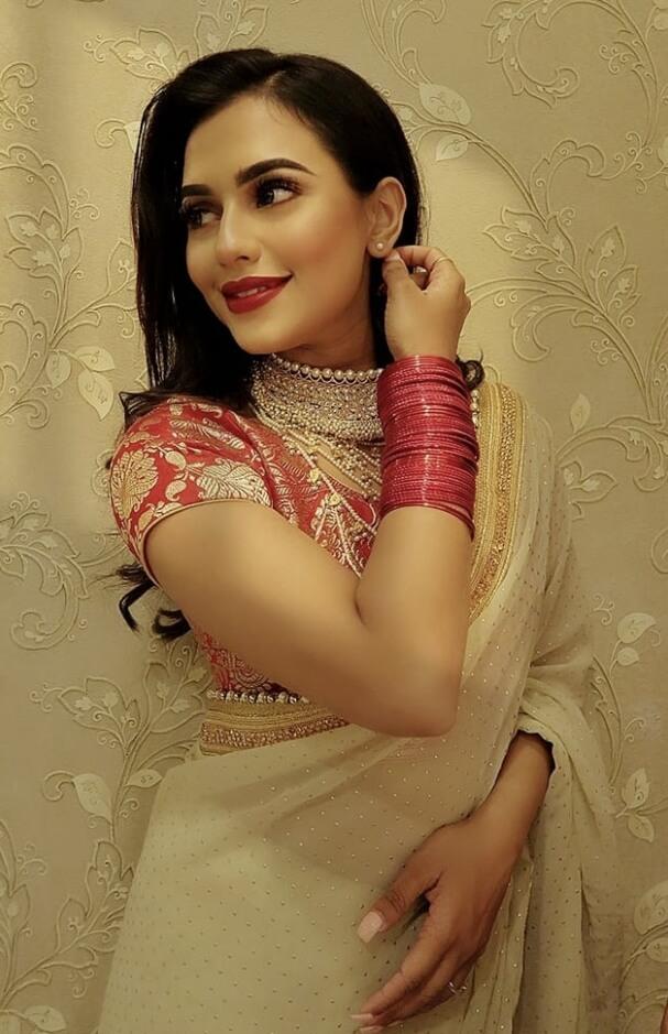 Nusrat Faria smile  image