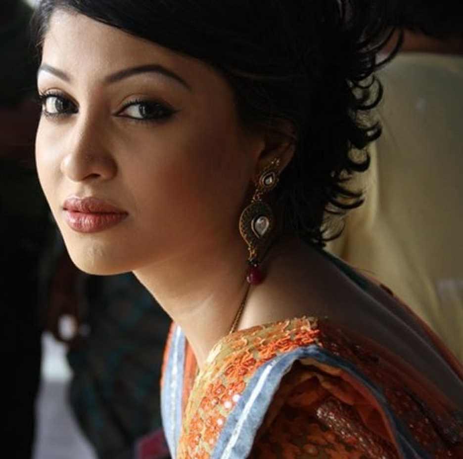 Sarika Sabrin HD Hot Photo