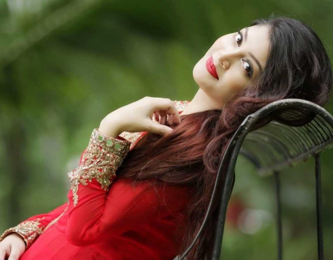 Sarika Sabrin Hot Pic