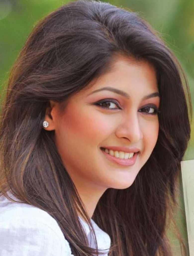 Sarika Sabrin New Selfie