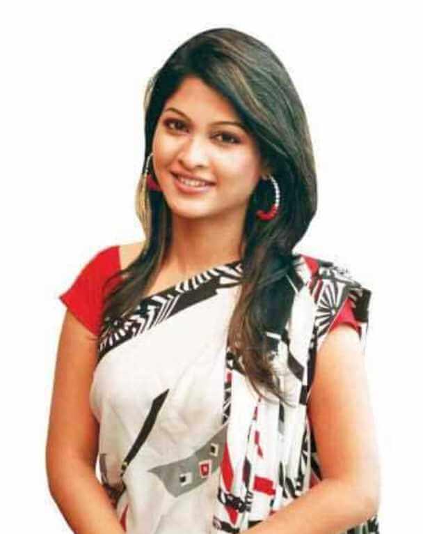 Sarika Sabrin Saree Image 2