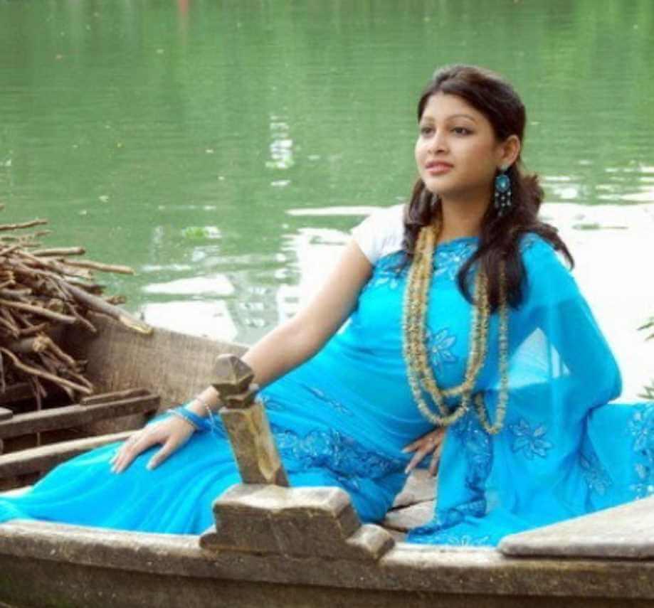 Sarika Sabrin Saree Image 4