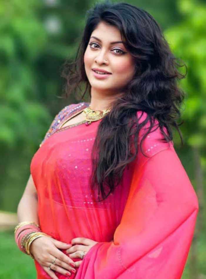 Sarika Sabrin Saree Photo 3