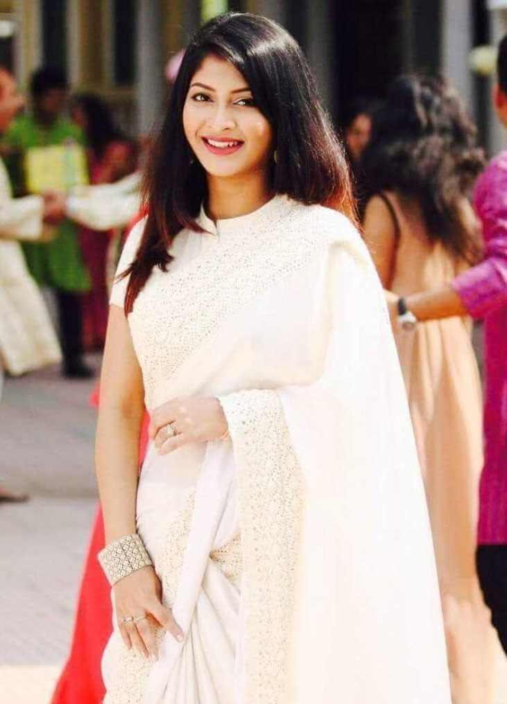 Sarika Sabrin Saree Picture