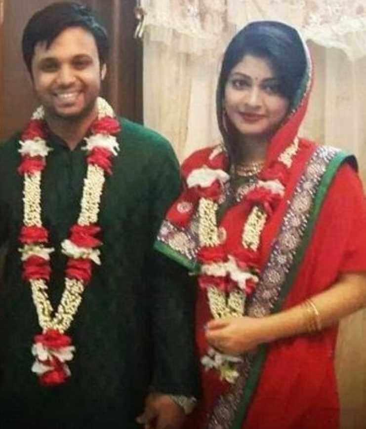 Sarika Sabrin with her Husband Wedding Photo