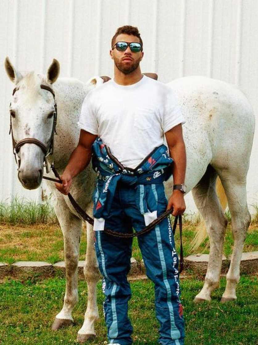 Bubba Wallace with Horse Image