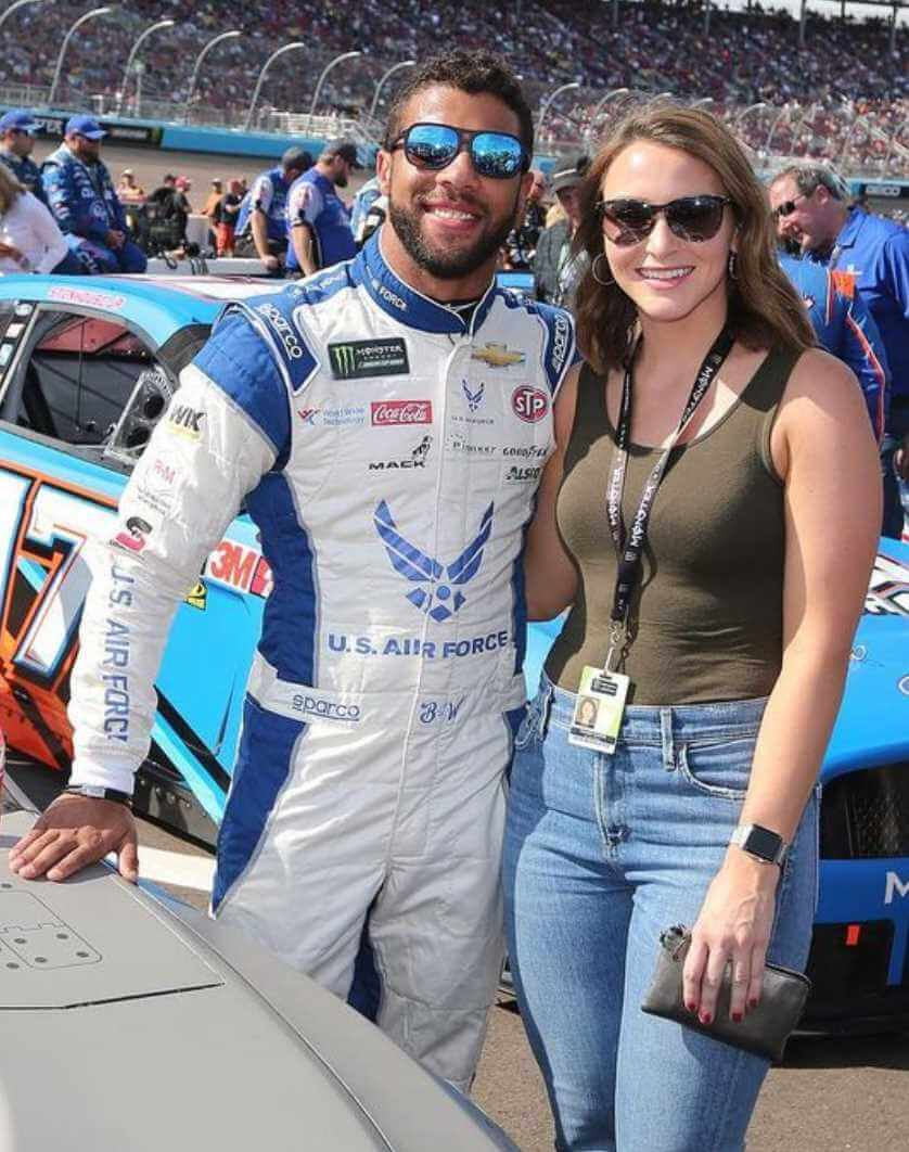 Bubba Wallace with her Girlfriend Photo