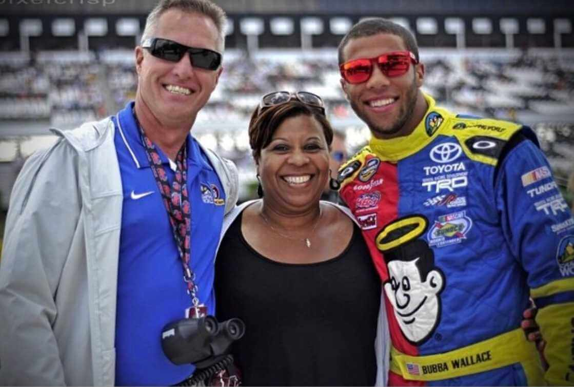 Bubba Wallace with her Parents Photo