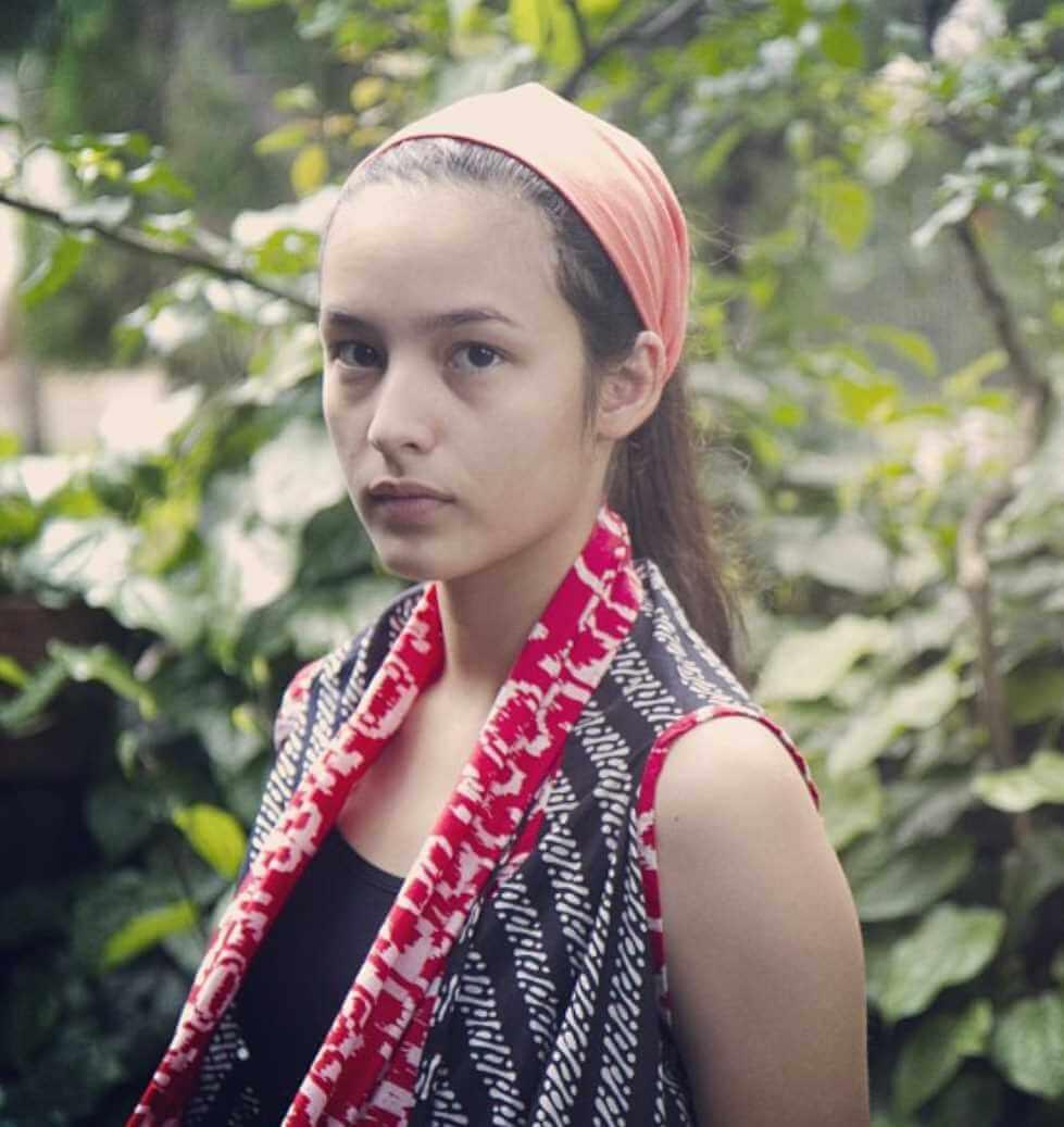 Chelsea Islan Child Photo