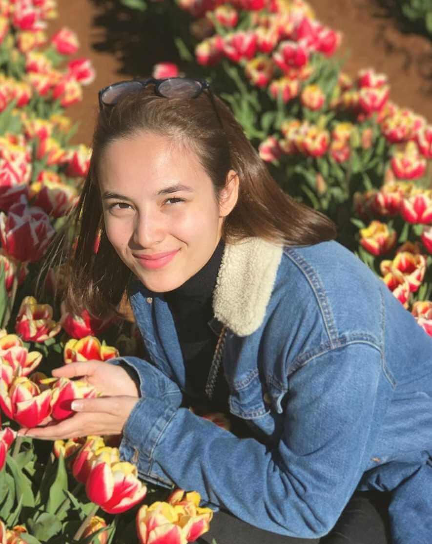 Chelsea Islan Picture