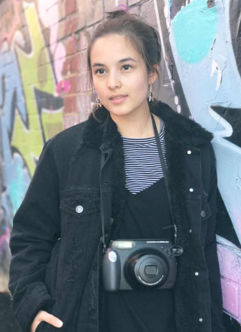 Chelsea Islan with Camera Photo