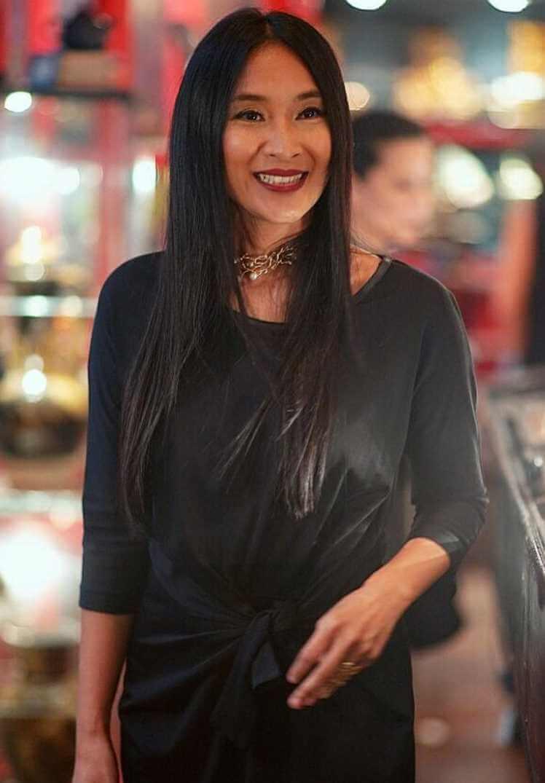 Happy Salma Black dress Pic