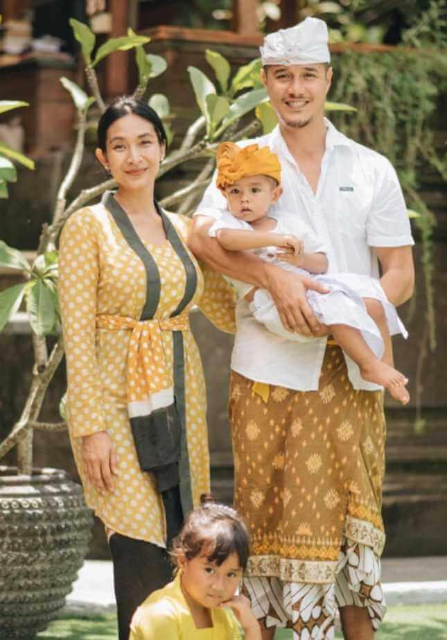 Happy Salma Family Photo