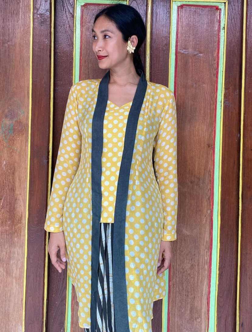 Happy Salma Yellow Dress Photo