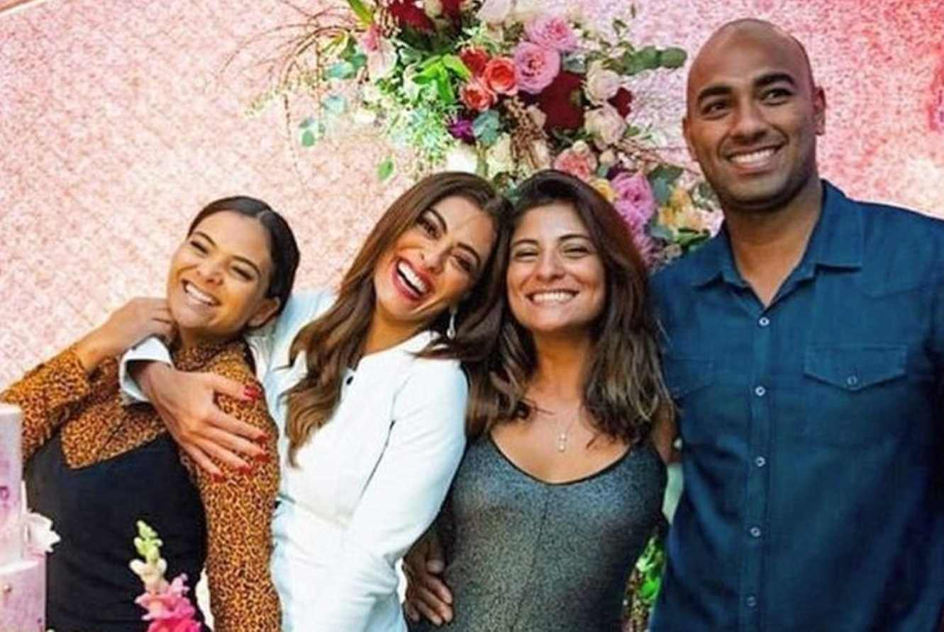 Juliana Paes with her Brother & Sisters Photos
