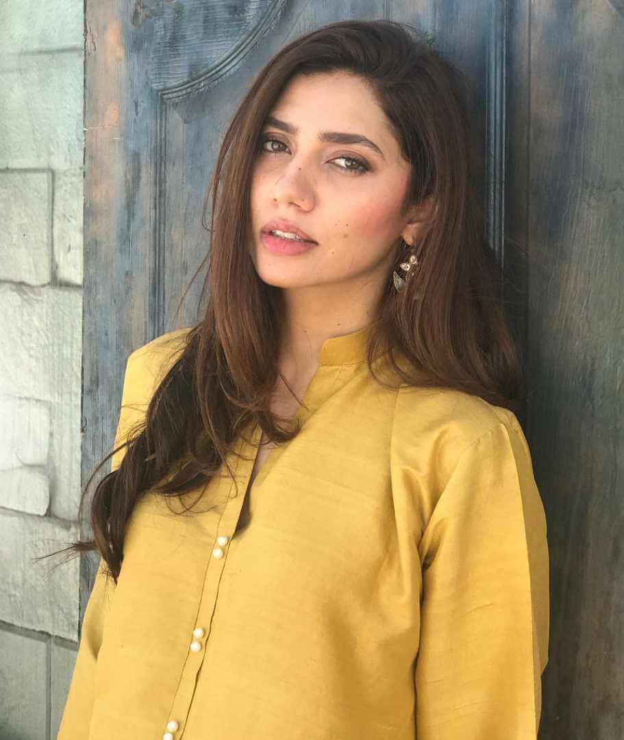 Mahira Khan HD Photo