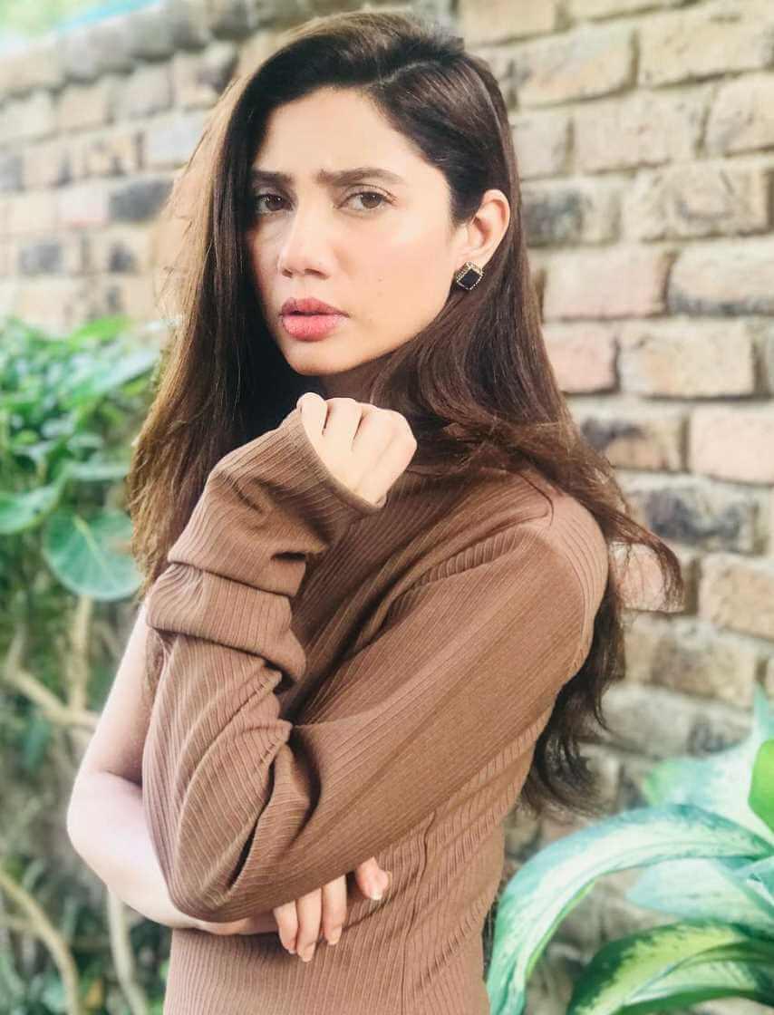 Mahira Khan HD Pic 3