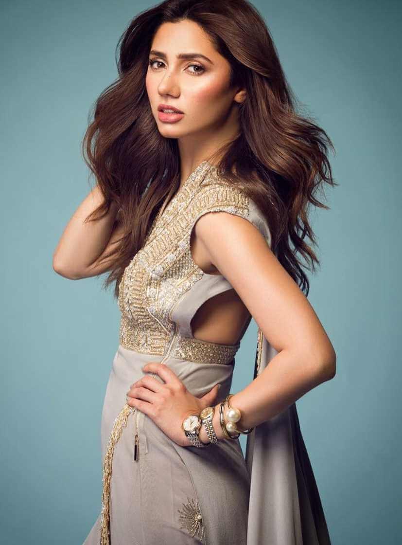 Mahira Khan Modeling Pic