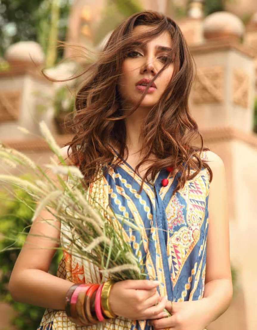 Mahira Khan New HD Wallpaper