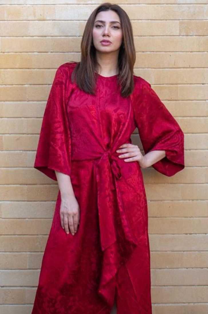 Mahira Khan Red Dress Photo Shoot