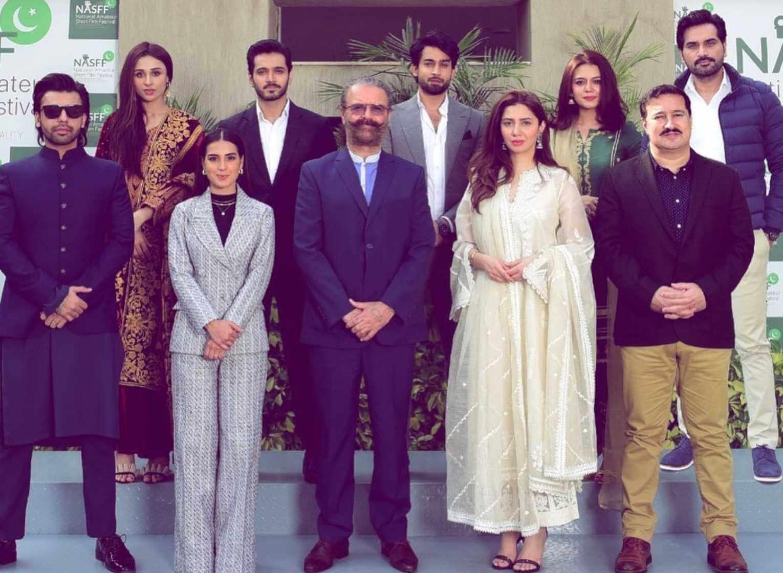 Mahira Khan with her Co-Artist Photo