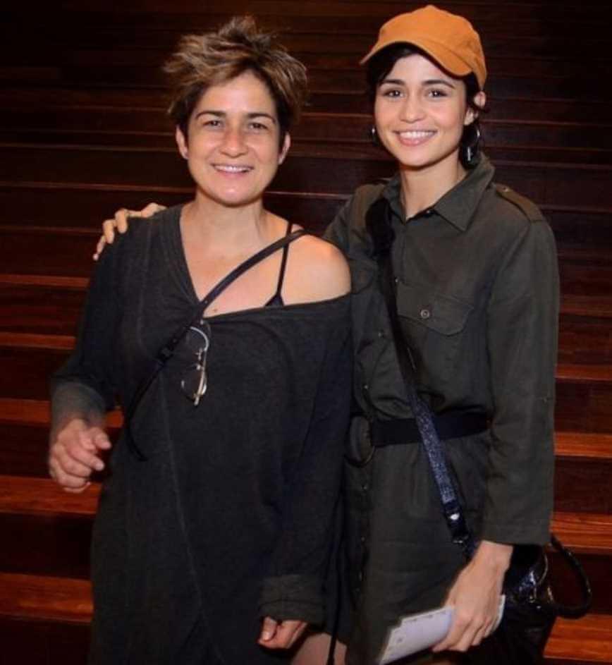 Nanda Costa with Lan Lan Photo