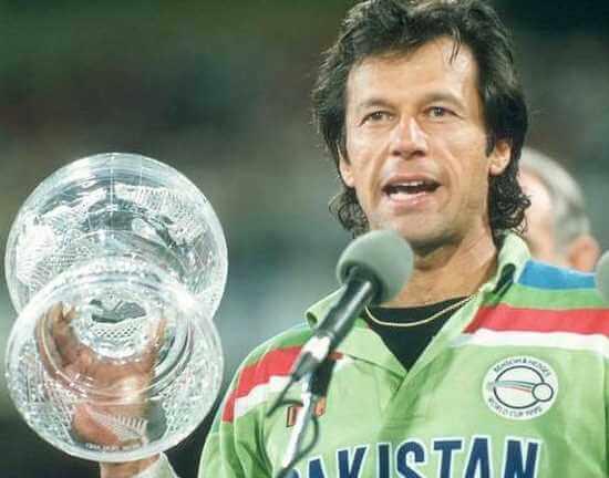 Pakistani Cricketer Imran Khan Image