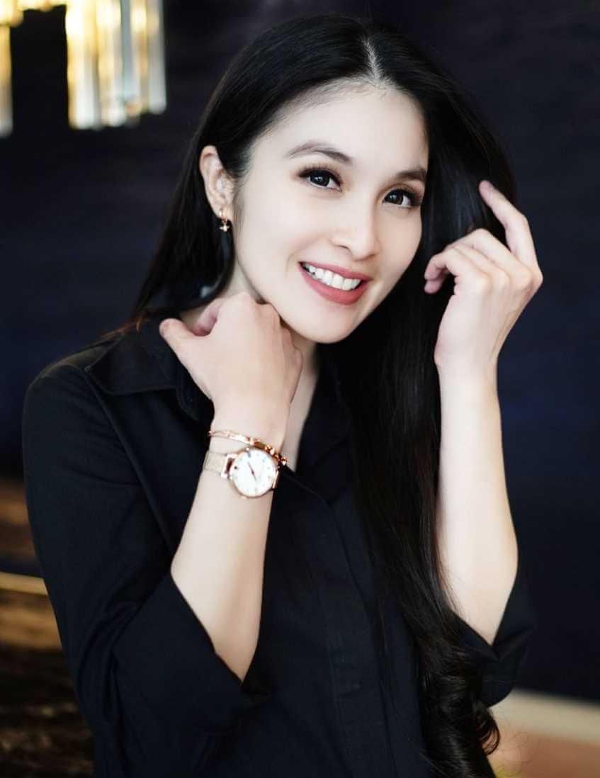 Sandra Dewi New Photo